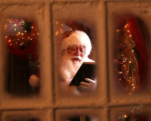 """""""Tôi đã nghĩ rằng mình có thể suy sụp và sẽ không bao giờ đóng vai Ông già Noel được nữa."""""""