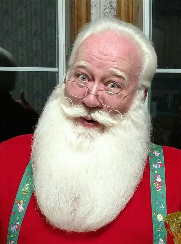 Eric muốn đóng vai Ông già Noelmột lần cuối cùng trước khi giải nghệ.