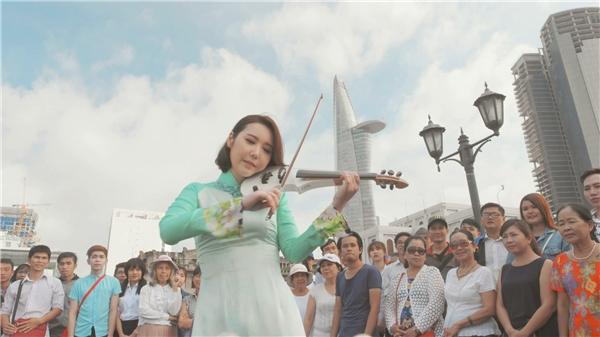 Non nước Việt Nam đẹp mê hồn qua tiếng đàn của nghệ sĩ violin J.Mi