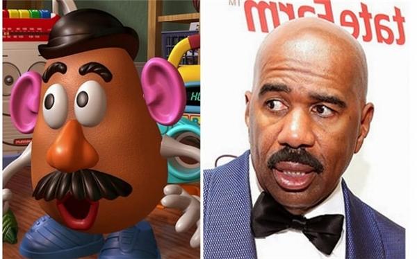 """Và cuối cùng, Mr. Potato Head của Toy Story có hẳn một phiên bản người thật bằng xường bằng thịt luôn nhé. Gương mặt này chính là """"vua hài"""" nước Mỹ, cũng chính là """"MC số nhọ"""" đọc nhầm kết quả Hoa hậu Hoàn vũ 2016 - Steve Harvey."""