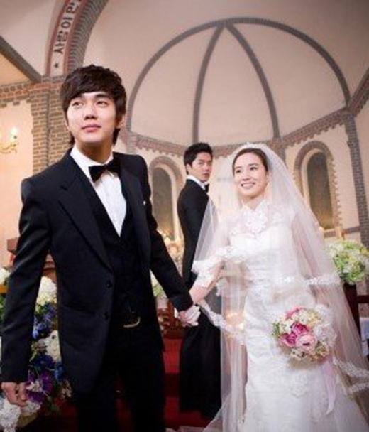 """Nalang gyeolhonhae jullaehay nghĩa là Em sẽ lấy anh chứ? Thường trong phim tình cảm, khi nghe câu này là bạn có thể đánh hơi được mùi... hết phim và""""hạnh phúc mãi về sau"""" rồi."""