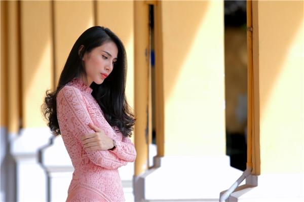Thủy Tiên buồn man mác trong chuyện tình tay ba đầy nước mắt - Tin sao Viet - Tin tuc sao Viet - Scandal sao Viet - Tin tuc cua Sao - Tin cua Sao