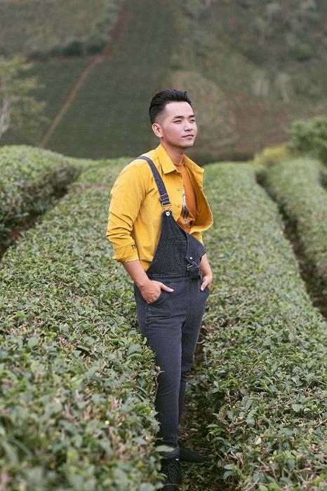 Phạm Hồng Phước trong hành trình đi khắp Việt Nam thực hiện MV. - Tin sao Viet - Tin tuc sao Viet - Scandal sao Viet - Tin tuc cua Sao - Tin cua Sao