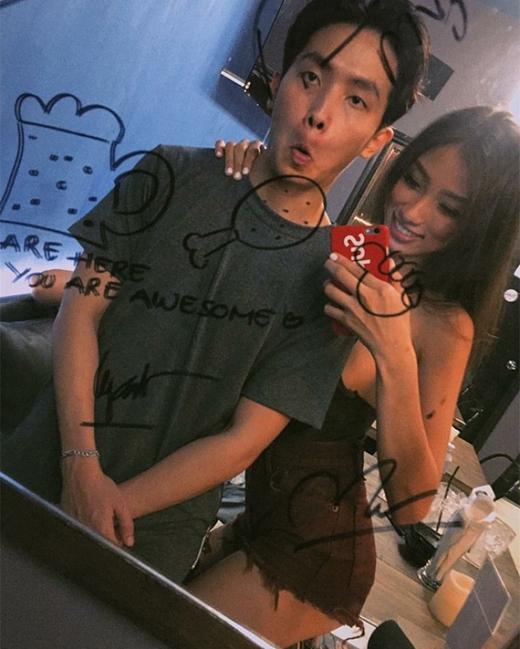 """Cặp đôi Khang - Ngọc thường hay bày trò """"quậy""""cùng nhau trong các clip,hình ảnh,tất cả đều thu hút hàng chục ngàn lượt like."""