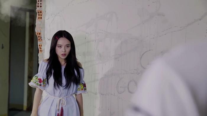 Mari bất ngờ đến giải cứu Seon Tae.