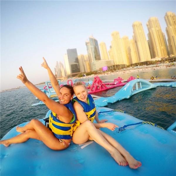 Choáng ngợp với công viên nổi trên biển rộng gần 3.000 m2 tại Dubai