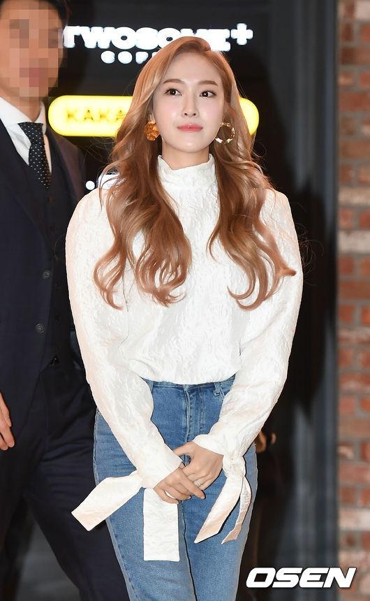 Rời SNSD, gu thời trang của Jessica ngày càng mất phong độ