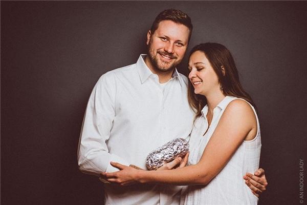 """Abby chia sẻ """"Tôi và chồng đã kết hôn được 3 năm và kể từ khi đó mọi người xung quanh liên tiếp hỏi chúng tôi về việc có em bé, chúng tôi thấy khá là phiền phức""""."""