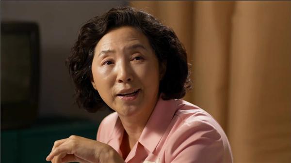 """''Bà mẹ quốc dân"""" Go Doo Shim đứng thứ 8 với 3% bình chọn."""