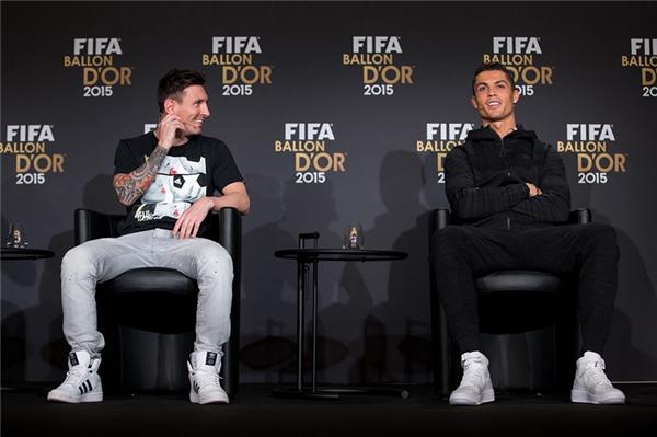 Sau tất cả, cả hai đều là những cầu thủ vĩ đại đáng để cả thế giới phải ngưỡng mộ và học hỏi.