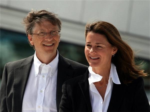 Tỉ phú Bill Gates: Từ cua gái đến bị bắt ở nước ngoài vì phạm luật