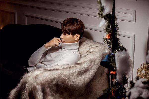 Jay Quân đốn tim fans khi hóa nam thần ngây thơ dịp Giáng sinh - Tin sao Viet - Tin tuc sao Viet - Scandal sao Viet - Tin tuc cua Sao - Tin cua Sao