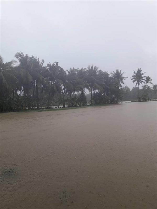 Quang cảnh đìu hiu ngày mưa lũ.(Ảnh: FB)