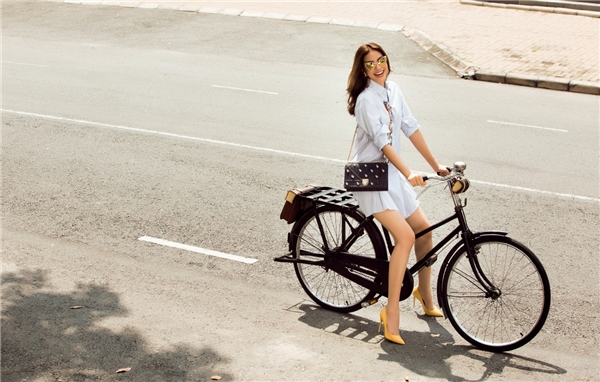 """Mặc dù sinh ra tại Hải Phòng và chọn Hà Nội là mảnh đất lập nghiệp đầu tiên nhưng Thành phố Hồ Chí Minh mới là nơi đưa Phạm Hương lên thành công như ngày hôm nay. Và cũng chính thành phố này đã là nơi để nàng """"Hoa hậu quốc dân"""" chọn làm mái nhà thứ hai của mình. - Tin sao Viet - Tin tuc sao Viet - Scandal sao Viet - Tin tuc cua Sao - Tin cua Sao"""