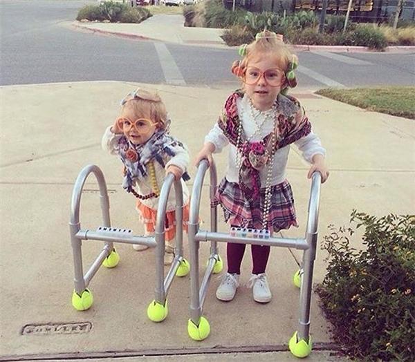 Khi hỏi chúng muốn trang phục gì cho Halloween.