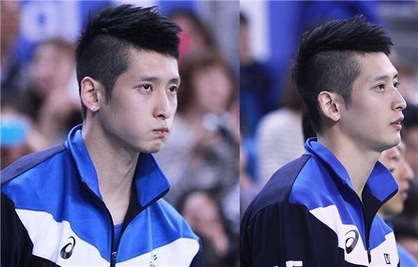 Moon Sung Minhhiện là vận động viên câulạc bộ Capital Skywalkers đồng thời là thành viên của đội tuyển bóng chuyền quốc gia Hàn Quốc.