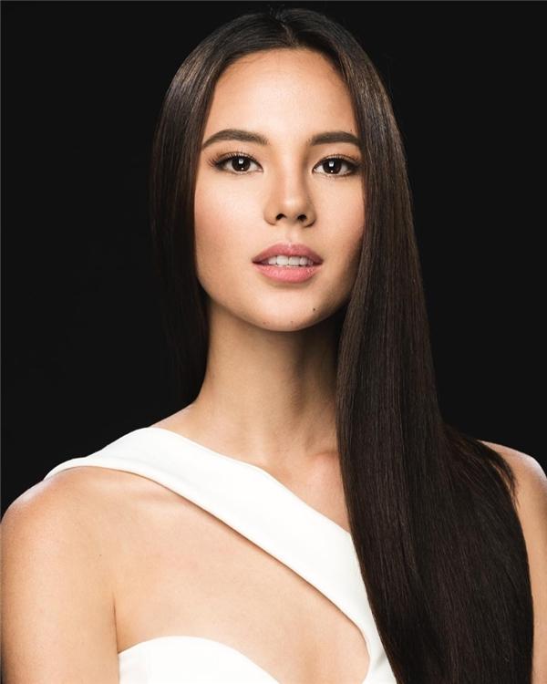 Đại diện Philippines Catriona Gray chiến thắng phần Hoa hậu Truyền thông.