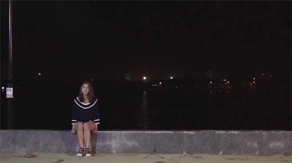 Da Hee rối bời trong lòng.
