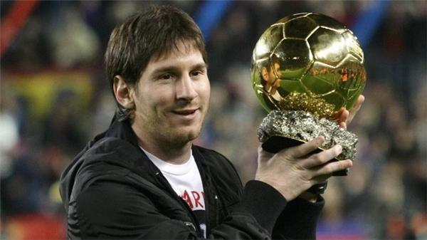Messi nhận quả bóng vàng đầu tiên khi chỉ mới 24 tuổi.