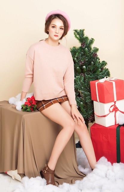 Vi Nhạn Ngọc khoe vẻ đẹp ngọt ngào trong loạt ảnh đón Giáng sinh