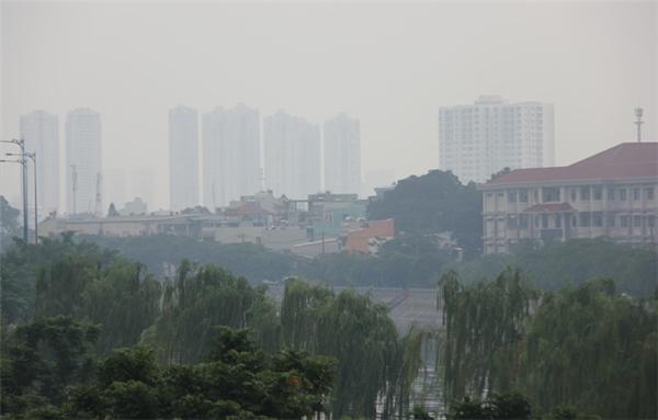 Các tòa nhà cao tầng đều không thể nhìn rõ. (Ảnh: Internet)