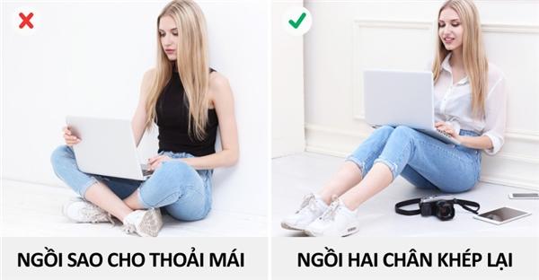 Nên ngồi như thế nào khi mặc quần (chứ không phải váy)?