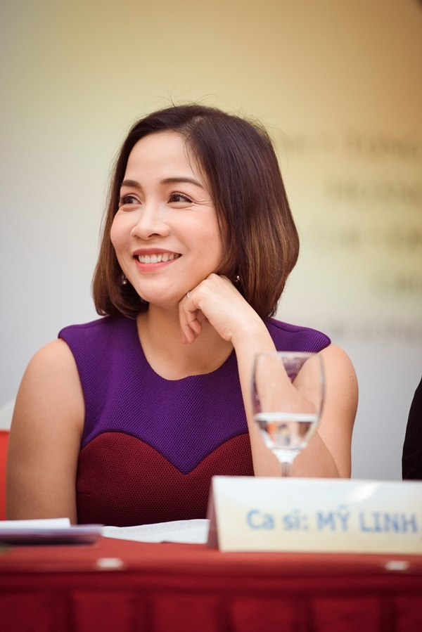 Nữ ca sĩ Mỹ Linh tại buổi họp báo. - Tin sao Viet - Tin tuc sao Viet - Scandal sao Viet - Tin tuc cua Sao - Tin cua Sao