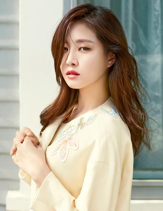 Khi trang điểm, Naeun là một mỹ nữ.