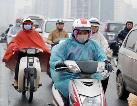 Ảnh hưởng từ đợt không khí lạnh khiến nhiệt độ không chỉ xuống thấp mà còn có mưa rải rác nhiều nơi.