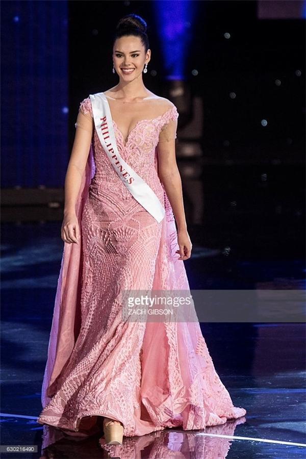 Đại diện Philippines Catriona Gray