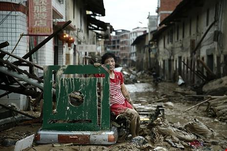 Sau cơn bãoNepartak tàn pháquận Minqing, tỉnh Phúc Kiến, Trung Quốc vào ngày 10/7/2016, tất cả chỉ còn lại những đống đổ nát hoang tàn.(Ảnh: internet)