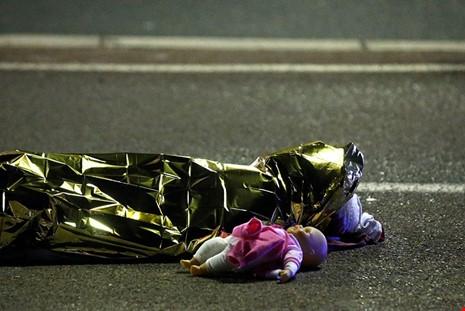 Nạn nhân của một vụ khủng bố tại Nice, Pháptrong ngàyquốc lễ Bastille 14/07/2016. (Ảnh: internet)