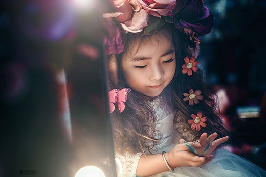 """Biệt danh """"công chúa tóc xù"""" có từ mái tóc xoăn tự nhiên của mình."""