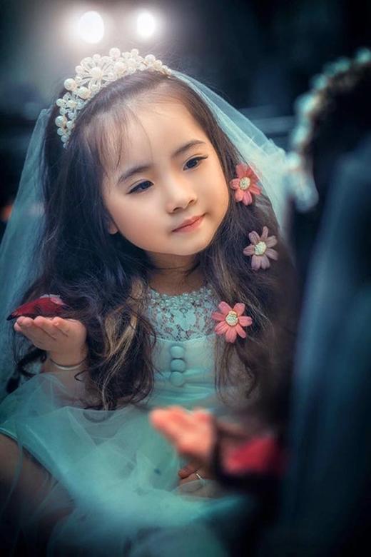 """Cô """"công chúa tóc xù"""" luôn chiếm được trái tim của người hâm mộ qua những bức ảnh."""