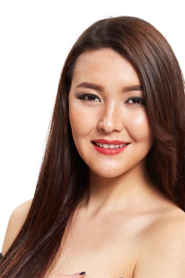 Cholpon Mambetova đến từ Kyrgyzstan.