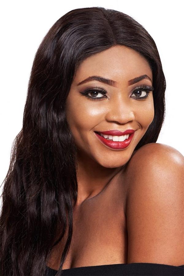 Rita Onyinye Oguebie, 26 tuổi đến từ Nigieria.