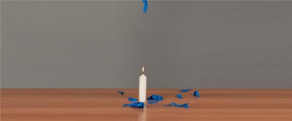 Thông thường, khi chúng ta thổi căng một quả bong bóng và đặt nó dưới ngọn lửa, quả bóng sẽ nổ tung, thậm chí nổ trước khi nó chưa kịp chạm vào lưỡi lửa.