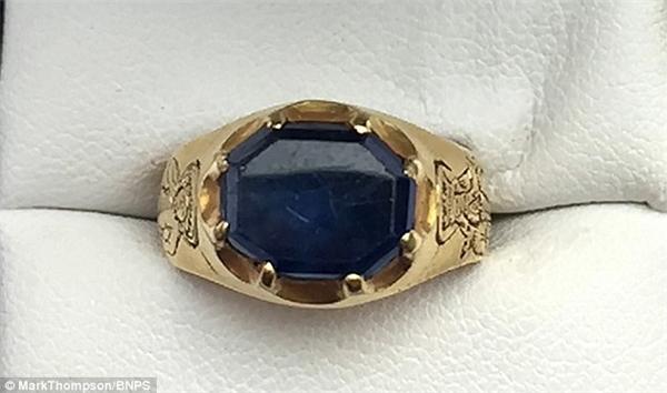 Dự đoán chiếc nhẫn trị giá tới 70.000 bảng Anh.