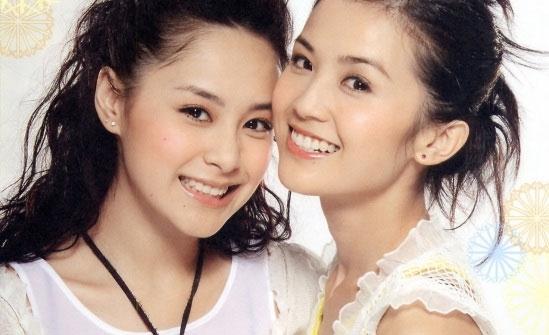 Chung Hân Đồng ngày mới ra mắt trong nhóm nhạc Twins đã khiến người hâm mộ phải choáng ngợp với vẻ đẹp thần tiên thoát tục.