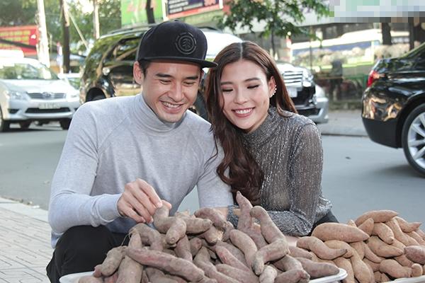 Đôi vợ chồng trẻ tình tứ bên nhau khiến nhiều người ngưỡng mộ xen lẫn ganh tị. - Tin sao Viet - Tin tuc sao Viet - Scandal sao Viet - Tin tuc cua Sao - Tin cua Sao
