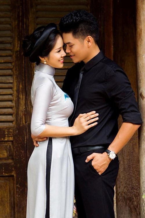 Lê Phương đã tìm được hạnh phúc mới bên cạnh Trung Kiên. Có nhiều tin đồn cho rằng cả hai sẽ sắp kết hôn trong thời gian tới. - Tin sao Viet - Tin tuc sao Viet - Scandal sao Viet - Tin tuc cua Sao - Tin cua Sao