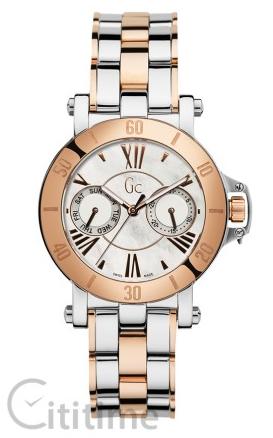 Cô nàng thể hiện gout thời trang đẳng cấp với chiếc đồng hồ GC Sport Chic Femme X74002L1S có thiết kế demi lạ mắt.