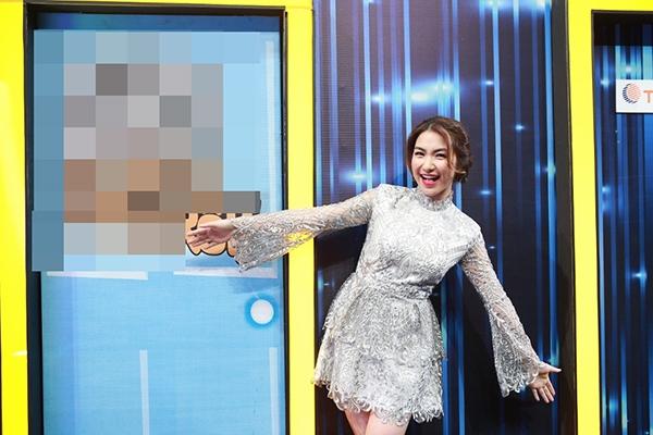 Hoà Minzy khuyên Trấn Thành hãy bỏ Hari Won đến với mình - Tin sao Viet - Tin tuc sao Viet - Scandal sao Viet - Tin tuc cua Sao - Tin cua Sao