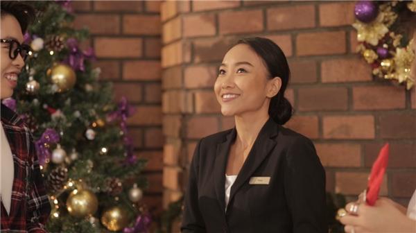 Nữ ca sĩ Đoan Trang cũng tham gia vào MV này.