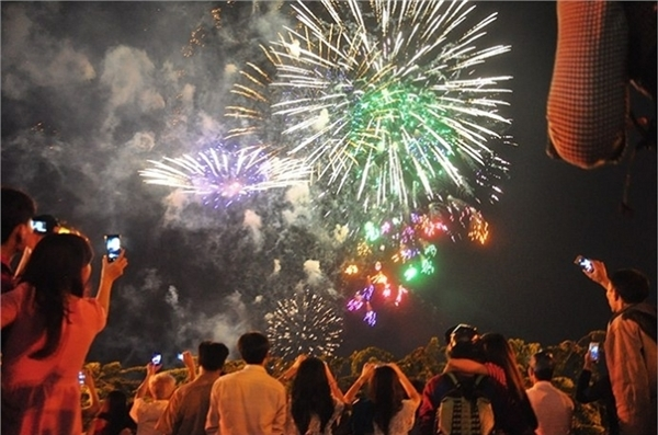 TP.HCM xác nhận hủy kế hoạch bắn pháo hoa Tết Dương lịch