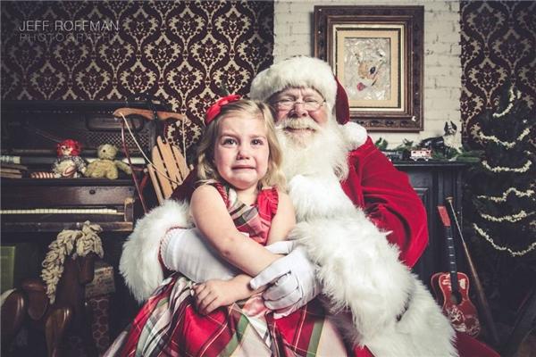 Hu hu ông già Noel ơi năm sau con hứa sẽ ngoan mà, đừng biến con thành tuần lộc nha.