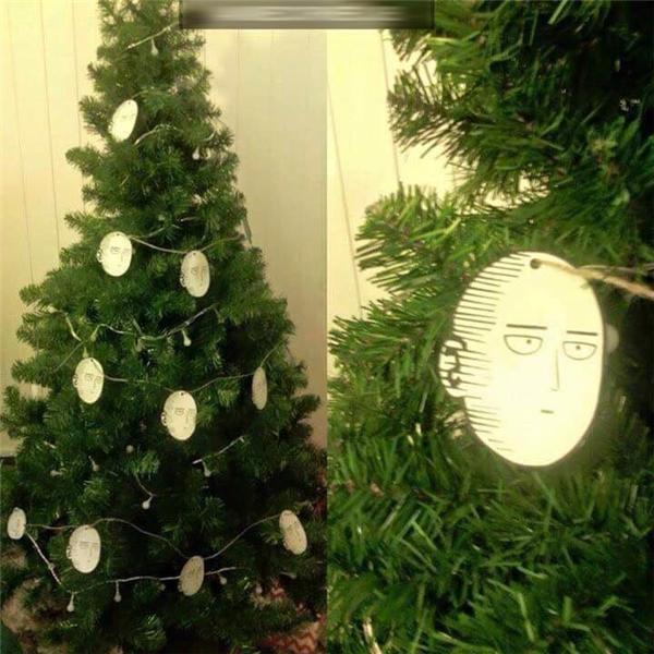 Nhìn mặt Saitama có giống như đang quan tâm tới Giáng sinh không hả?!