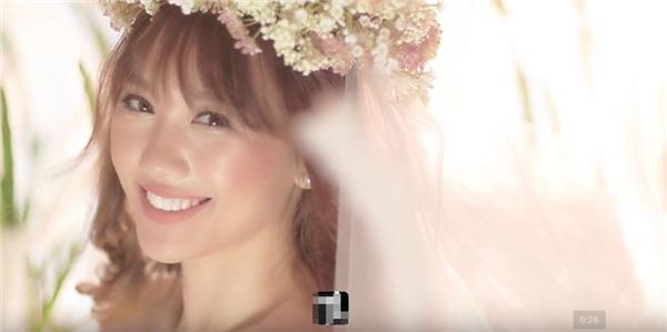 """Hari Won đẹp như thiên thần """"không góc chết"""" trong ảnh cưới"""