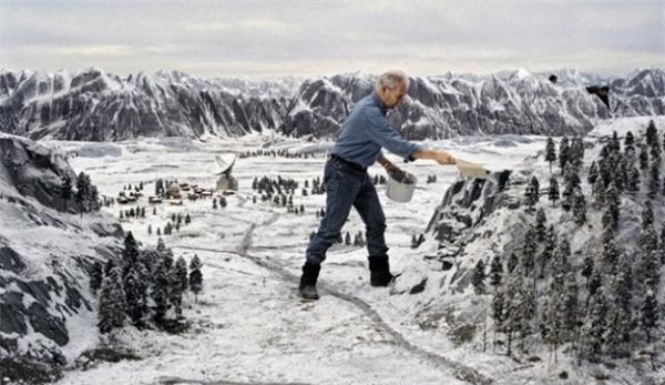 Khung cảnh mùa đông của tập phim về điệp viên 007 - Goldeneye (1995) thực chất do bàn tay của con người tạo ra.
