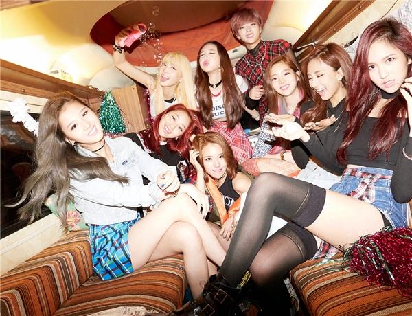 Nhìn lại một năm đầy biến động của làng nhạc Kpop
